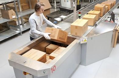 סימן ברור למעבר לשלב האוטומציה: העובד משקיע הרבה זמן בביצוע משטוח ידני