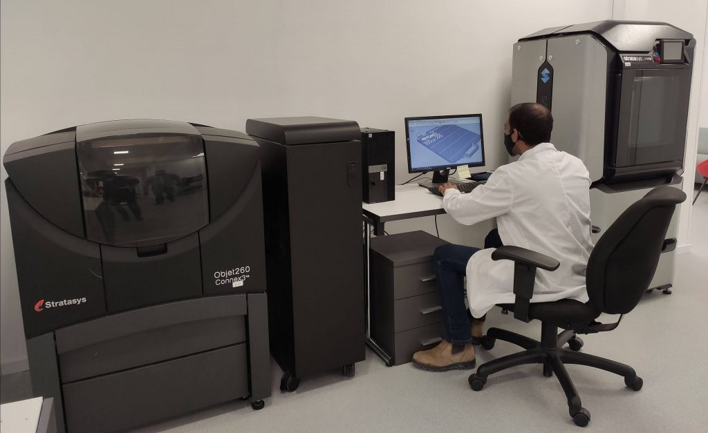 תמונה 3: שתי מדפסות Stratasys המותקנות בחברת Picodya ואפשרו האצה משמעותית של זמני הפיתוח.